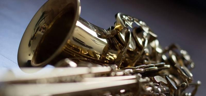 Intermezzo door Barnevelds Saxofoon Septet tijdens Raadhuispleinconcert